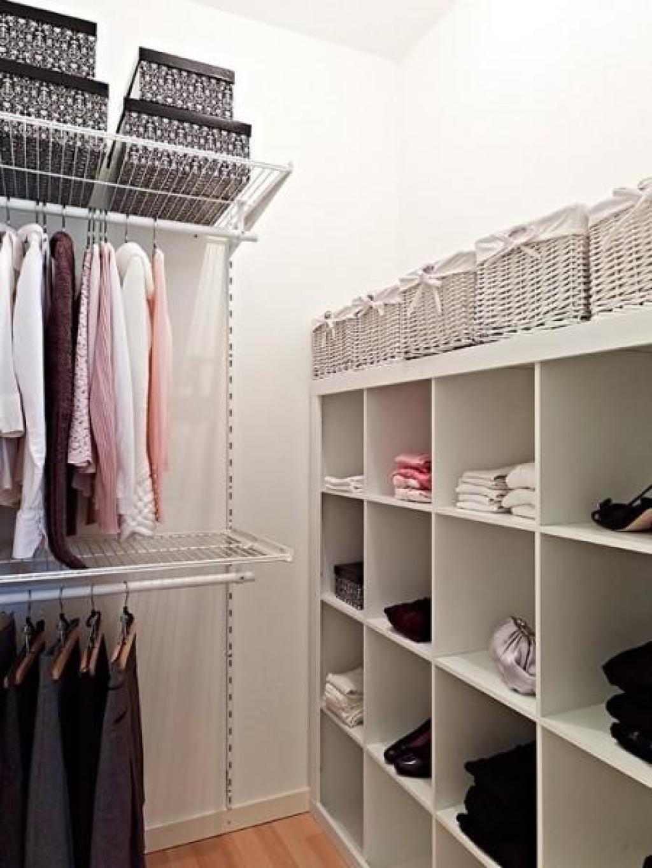 Сделать гардеробную из комнаты своими руками.
