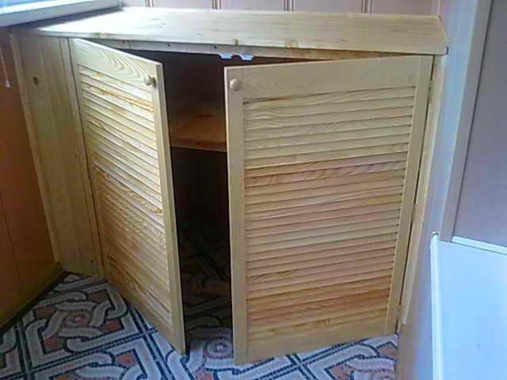 Шкаф на балкон - примеры работ мастера Янчук евгнеий иванови.